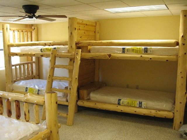 Quad bunks St Louis by Carolina Logcrafter