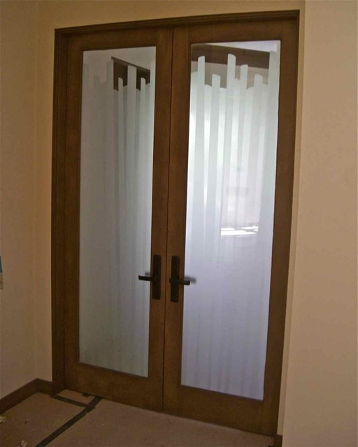 Interior Glass Doors With Obscure Frosted Glass Cane
