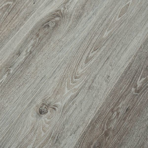 Kronoswiss noblesse new york oak 8mm laminate flooring for Kronoswiss laminate flooring