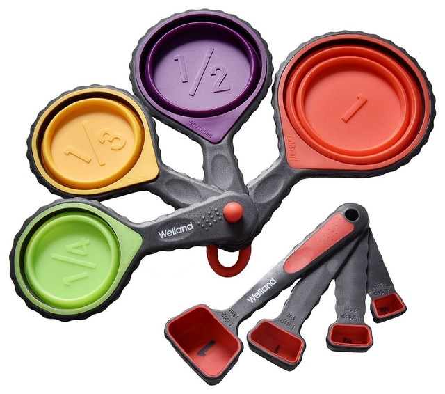 8 Piece Silicone Collapsible Measuring Cups And Spoons Set.