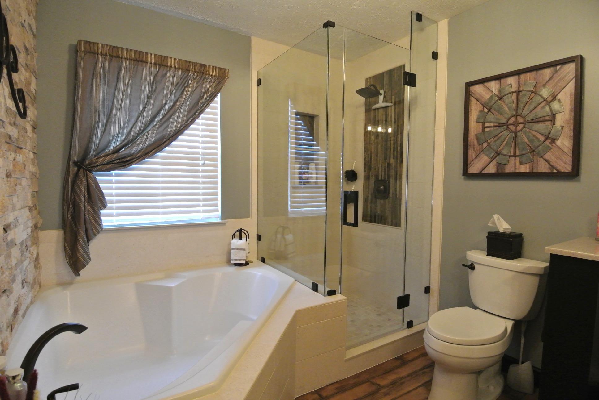 Peggy Bathroom