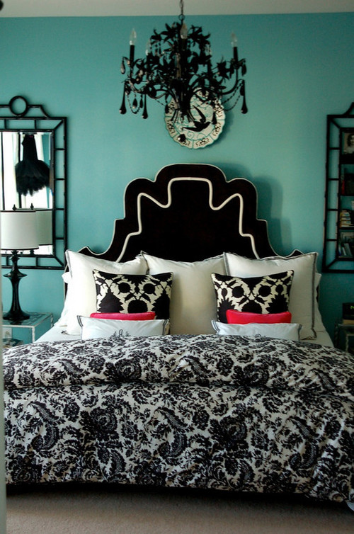 House of Turquoise: Beautiful and Bold Bedroom