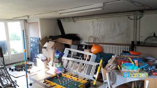 am nager un atelier et une chambre d 39 amis dans 25 m2. Black Bedroom Furniture Sets. Home Design Ideas
