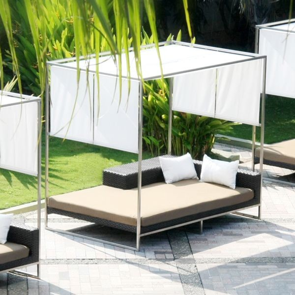 Outdoor Daybed with Canopy outdoor-chaise-lounges .