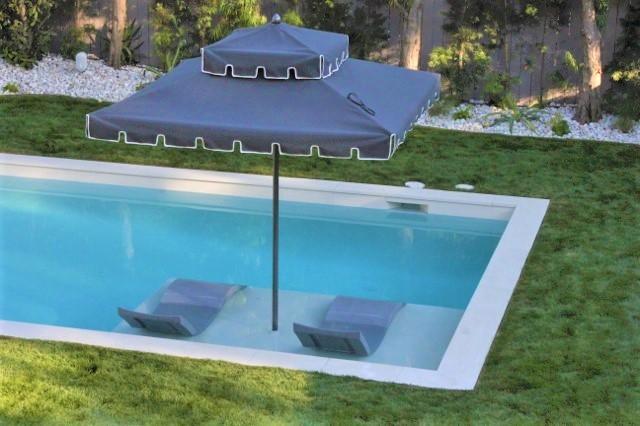 Los Angeles - Contemporary White Rectangular Pool & Spa