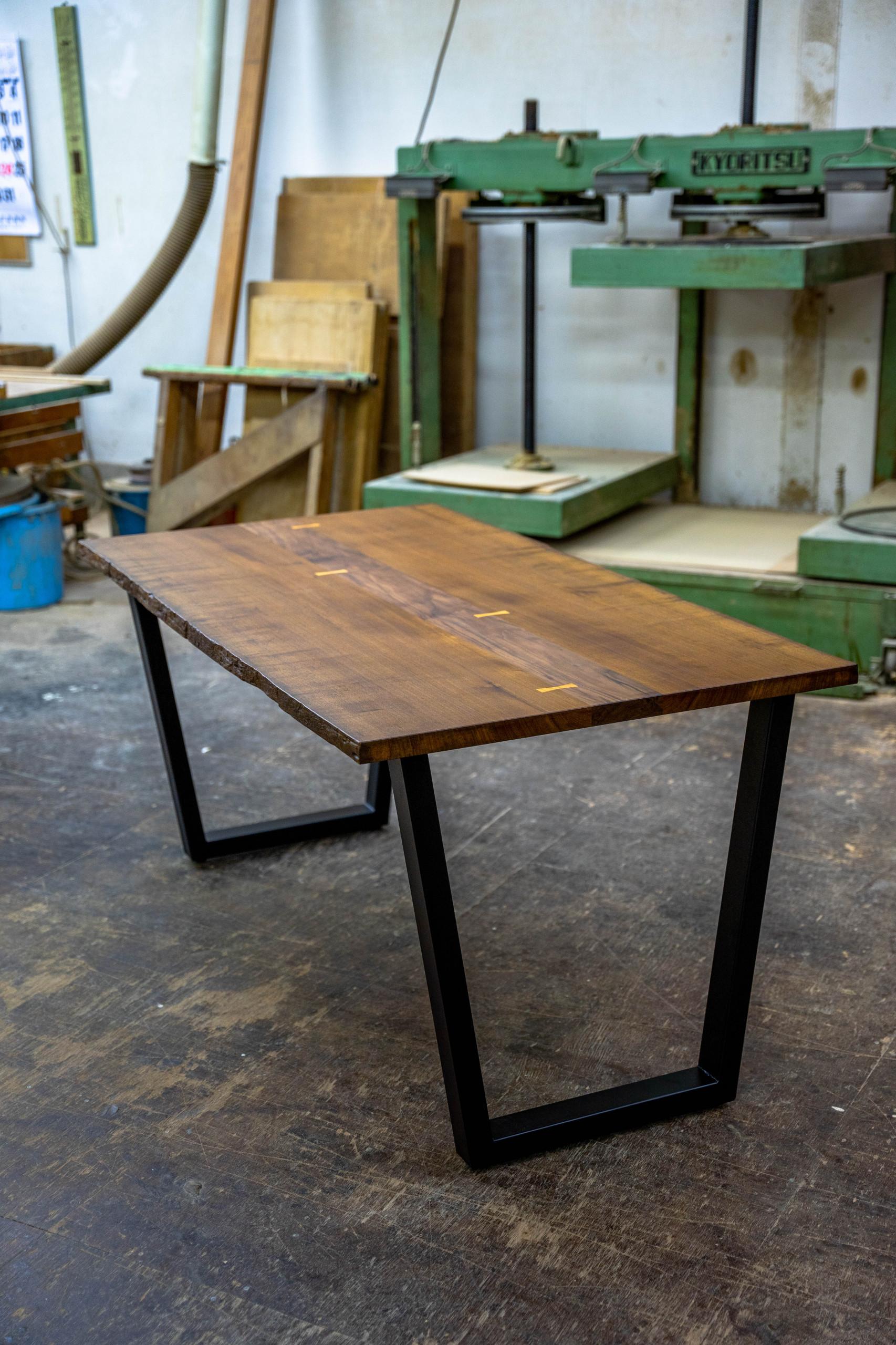 チーク×アイアンのオーダーテーブル