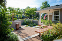 Before and After: 3 Welcoming Front Yards That Invite Lingering