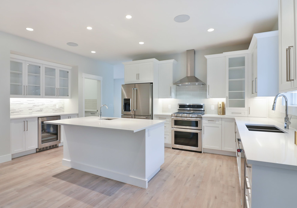 1314 Mine Hill Dr Kelowna Bc Modern Other By Candel Custom Homes
