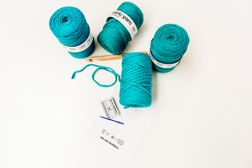 lana azul de we are knitters diariodesign