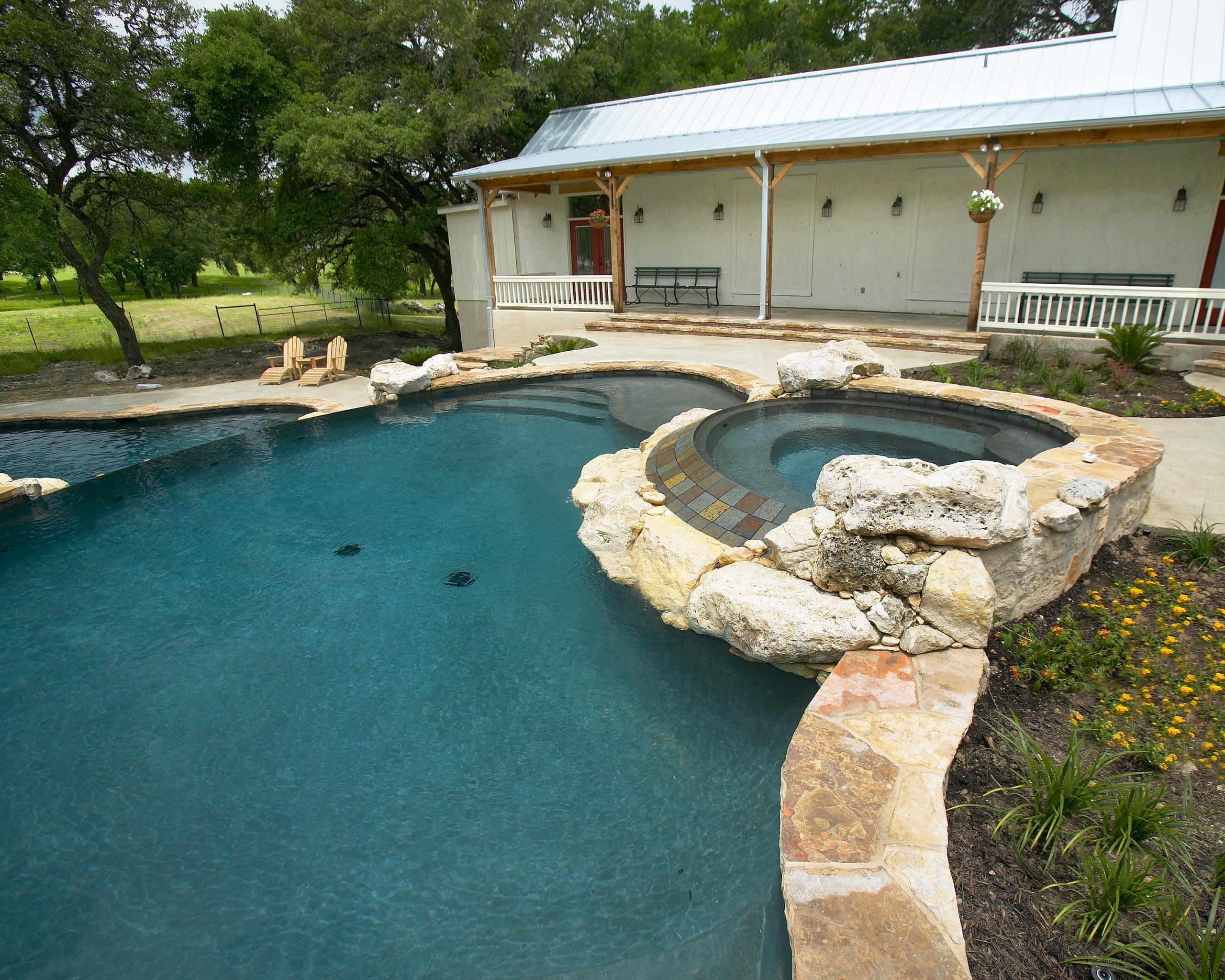 Spring Branch, Texas Multi Level Pool/Spa
