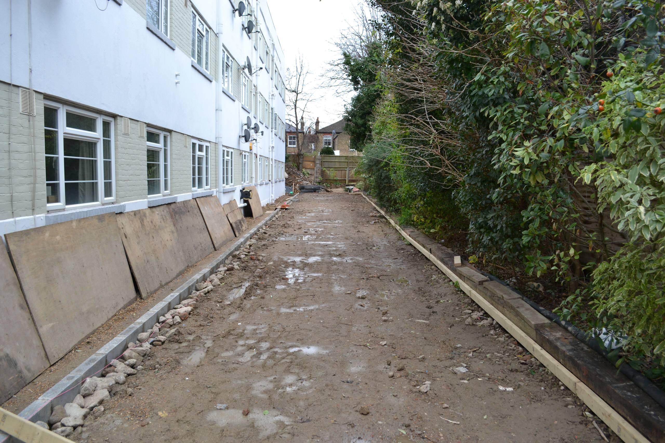 Development of 4 x 2 bedrrom, apartments