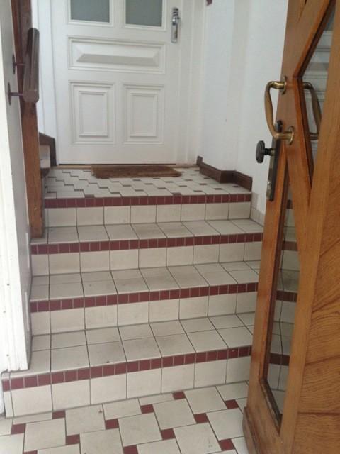 Super Vorher-Nachher: Ein historisches Treppenhaus, behutsam renoviert VU66