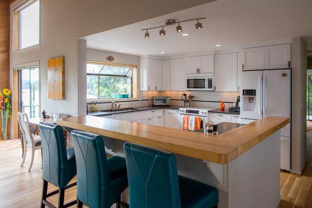 chautauqua beach residence maritim k che seattle von waldron designs. Black Bedroom Furniture Sets. Home Design Ideas