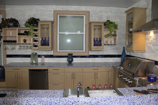 Kitchen crashers modern las vegas by green planet Is kitchen crashers really free