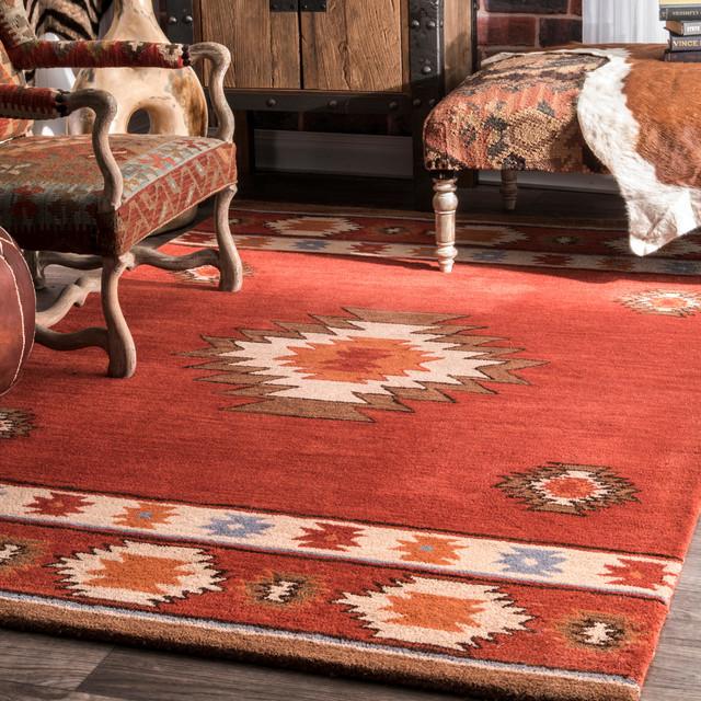 Hand-Tufted Southwestern Tribal Wool Rug, Wine, 5&x27;x8&x27;.