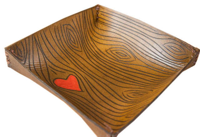 Leather Catchall With Woodgrain And Heart, Large.