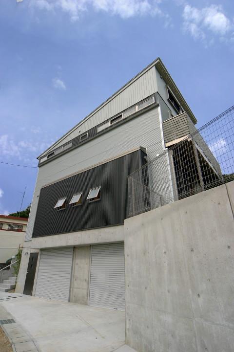 ガレージのある家 黒笹の家
