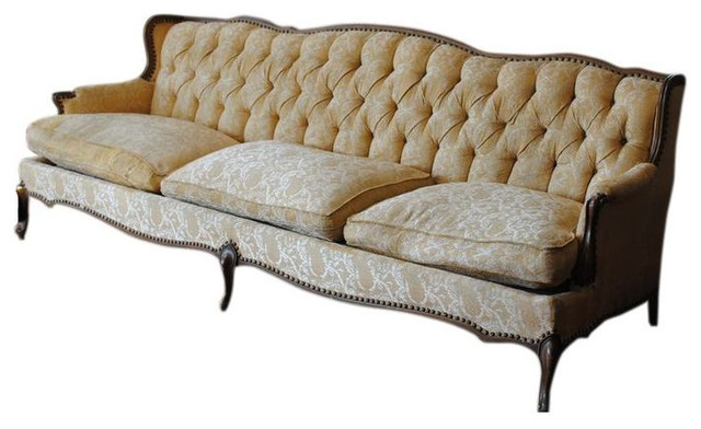 Vintage Tufted Sofa 2 500 Est Retail 850 On Chairish Traditional