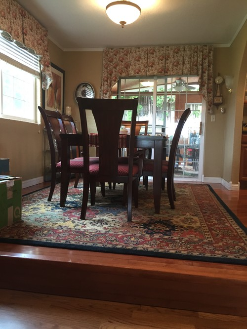 Small Dining Room And Large Family