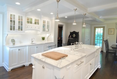 Calacatta Marble Counter Tops Traditional Kitchen