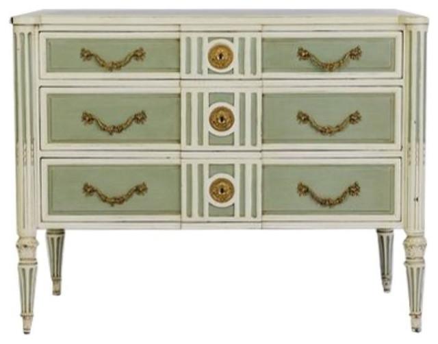 Hickory White Ornate Dresser 1 998 Est Retail 550 On Chairish