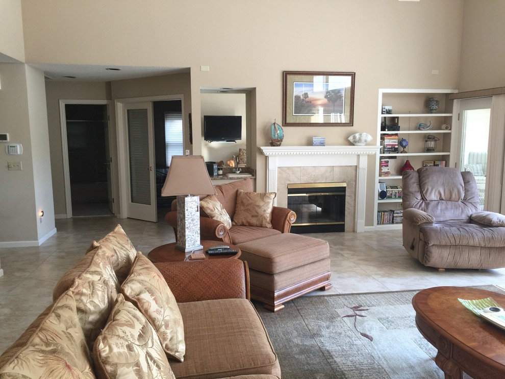 Great Room Before Remodel