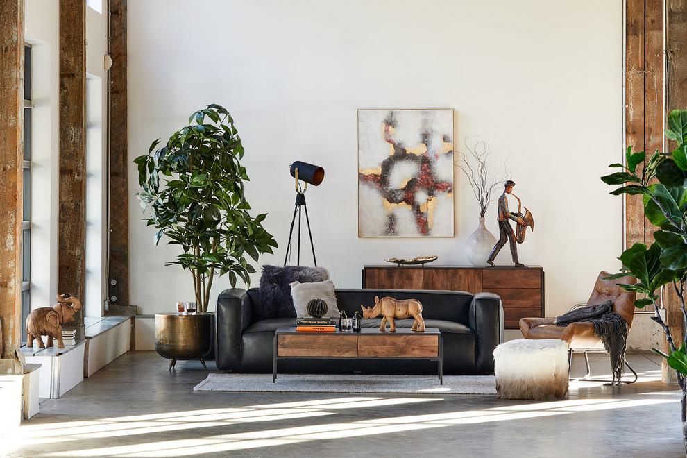 Living & Sofas