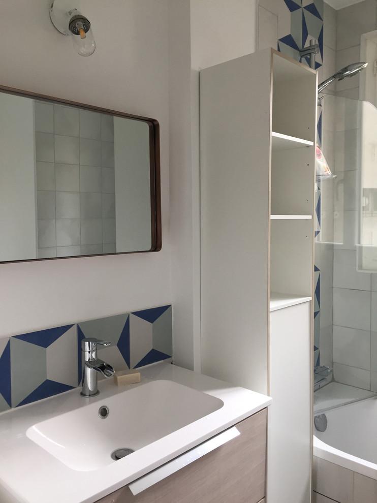 Inversion cuisine et salle de bain dans un 2 pièces Parisien