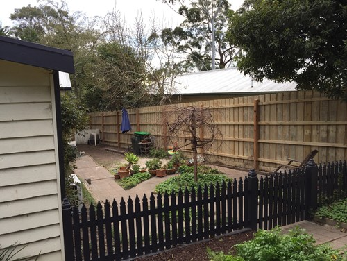 Paling Fence Designs Paint the new fence workwithnaturefo