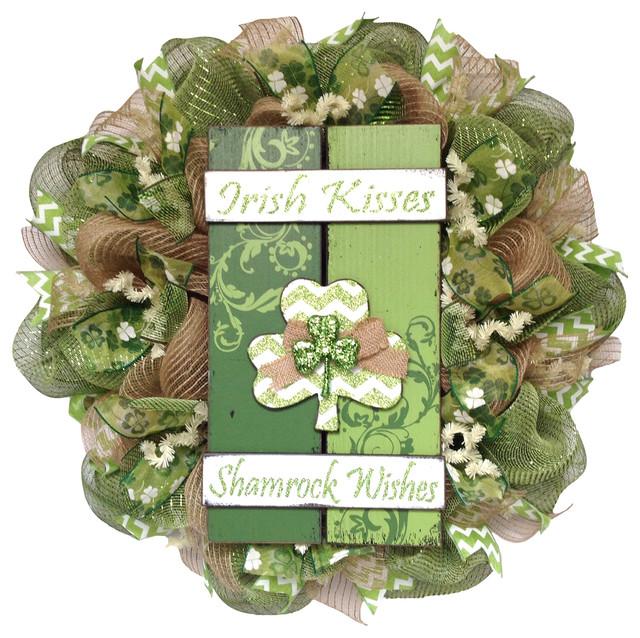 St Shamrock Wreath Patricks Day Wreath Pat Decoration Patricks Day Decor Clover Front Door St St Irish Wishes and Shamrock Kisses