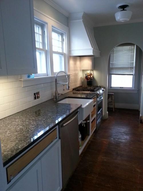 Caulking Kitchen Backsplash tile pro's grout or caulk on backsplash areas?