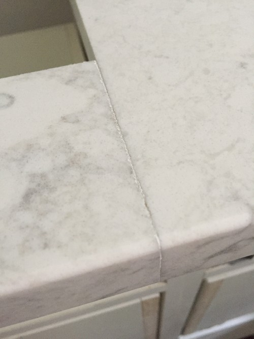 Quartz countertop seam quality for Seamless quartz countertops