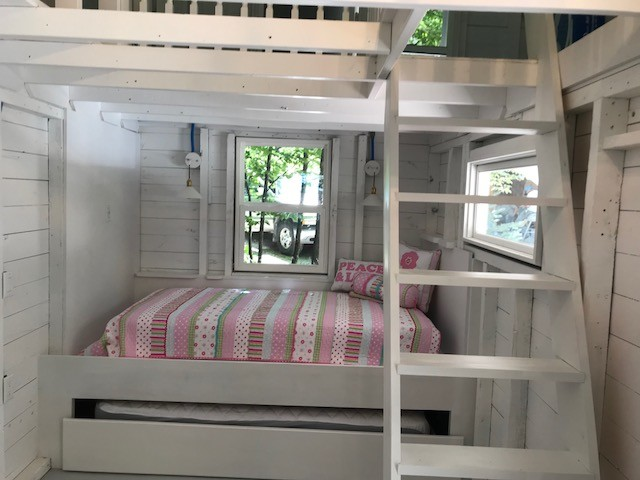 Trundle Bed with Loft