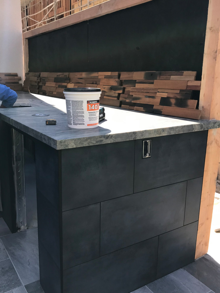 Building an Outdoor Kitchen Island Backsplash