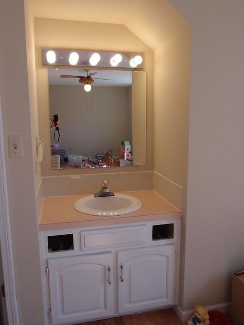Sink/vanity in bedroom - making it fit in