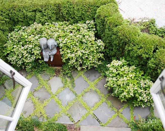Inspiration for a timeless home design remodel in Atlanta