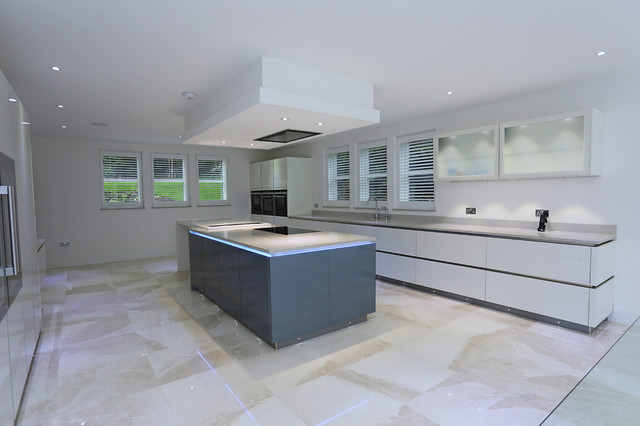Contemporary kitchen island contemporary kitchen for Modern kitchen london