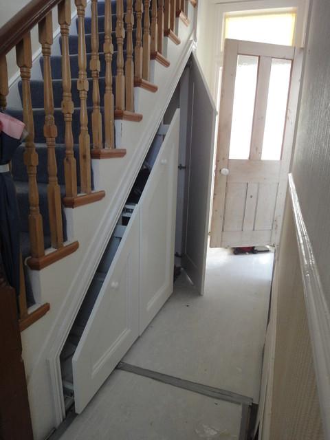 Victorian house under stairs storage for Under stairs storage plans