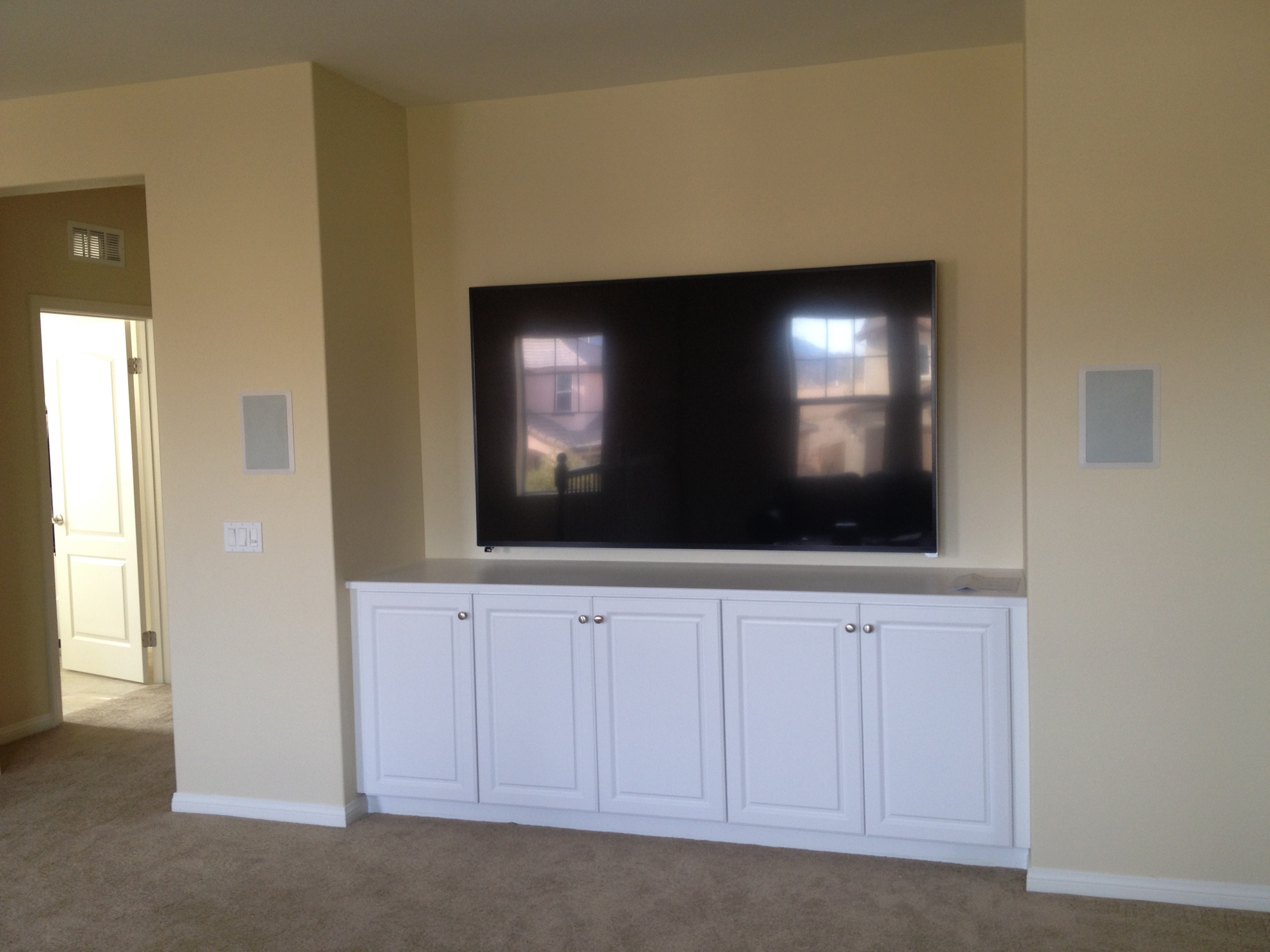 Living Room Home Media and Automation