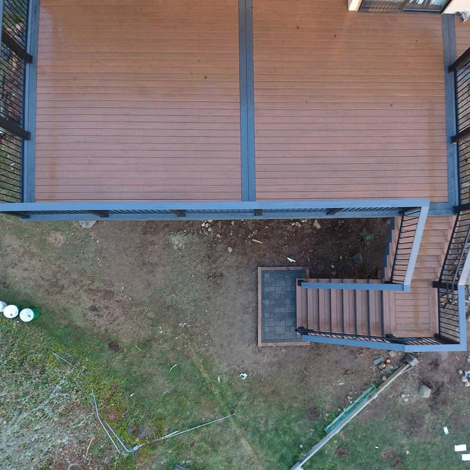 2nd Story Waterproof Dry Deck