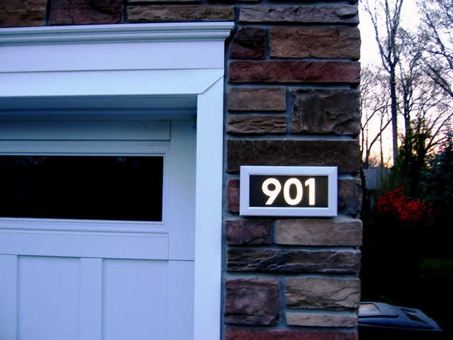address led illuminated house numbers contemporary. Black Bedroom Furniture Sets. Home Design Ideas
