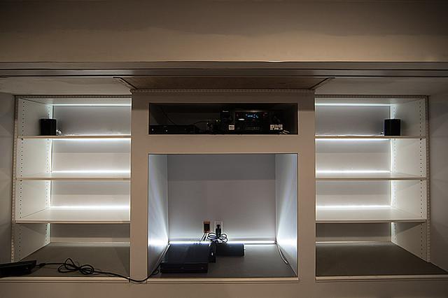Led Entertainment Center And Media Room Lighting