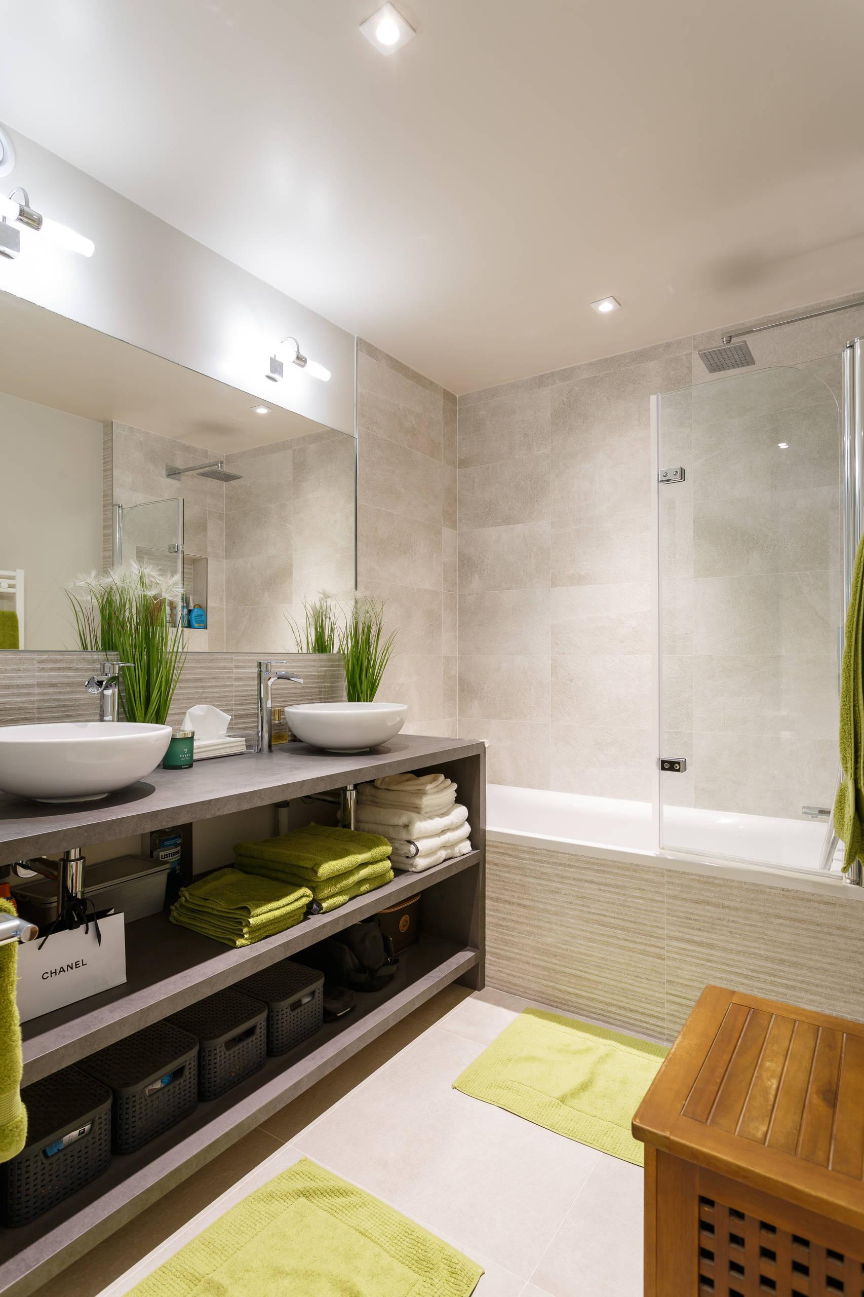 Une salle de bains cosy