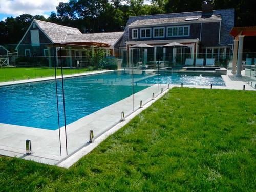 Glass pool fence east hampton for Pool design hamptons
