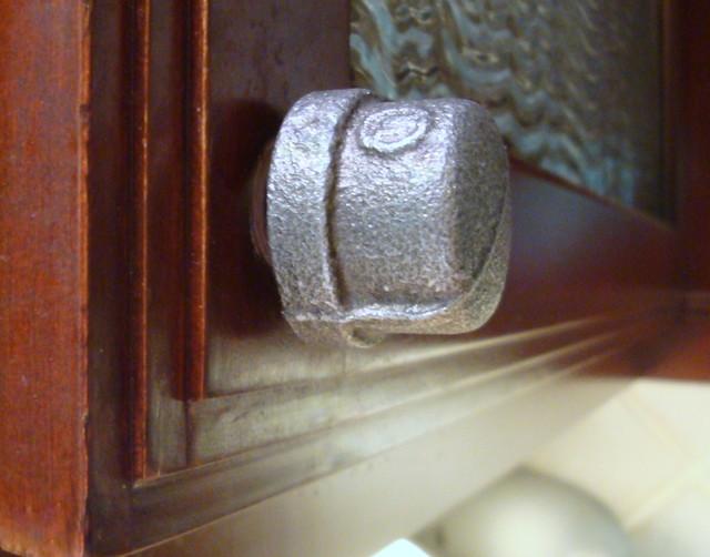 Industrial Iron Pipe Cap Cabinet Pull Knob Hardware