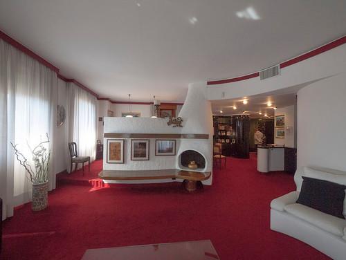 Gli anni 39 70 restyling di un appartamento milanese for Case anni 70 ristrutturate