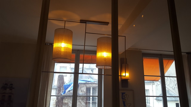 luminaires dans le marais paris. Black Bedroom Furniture Sets. Home Design Ideas