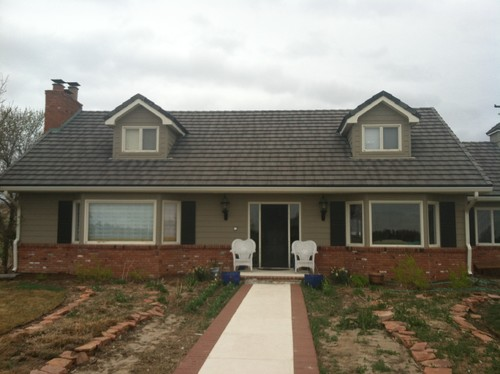 Need Help With Exterior - Colors for red brick houses with siding
