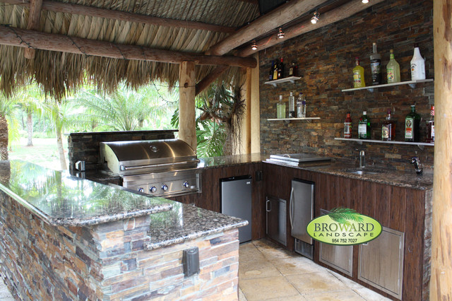 Outdoor Kitchen - Tropical - Patio - Miami - by Broward ...