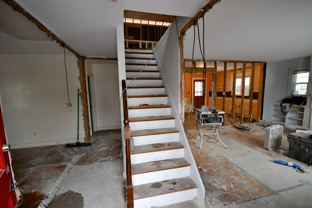 3 Story House Interior Stairs